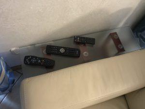 tavolino per telecomandi
